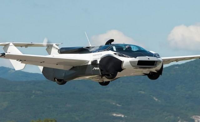 Летящ автомобил от Словакия извърши първия си тестов полет
