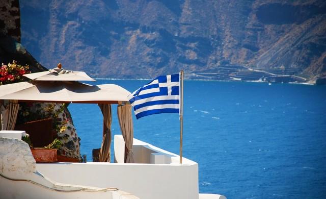 По-строги мерки за заведенията в Гърция след скок на заразените с COVID-19