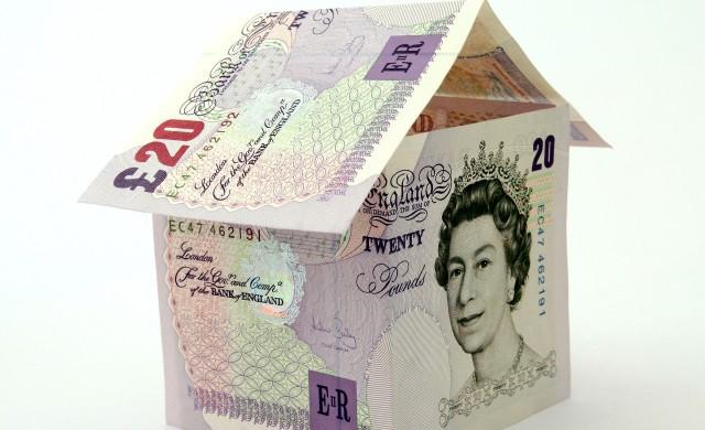 Защо имотният бум във Великобритания застрашава износа на страната?