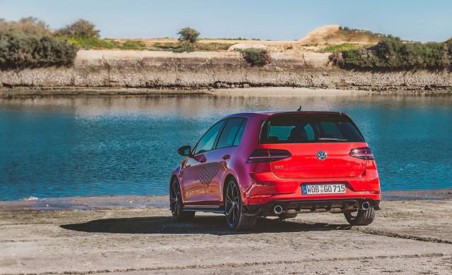 Глобиха Volkswagen и BMW с общо 1 млрд. долара