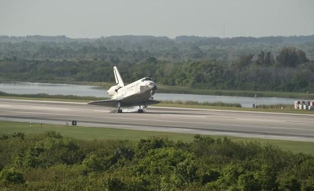 Космическият туризъм няма да е достъпен за масите скоро