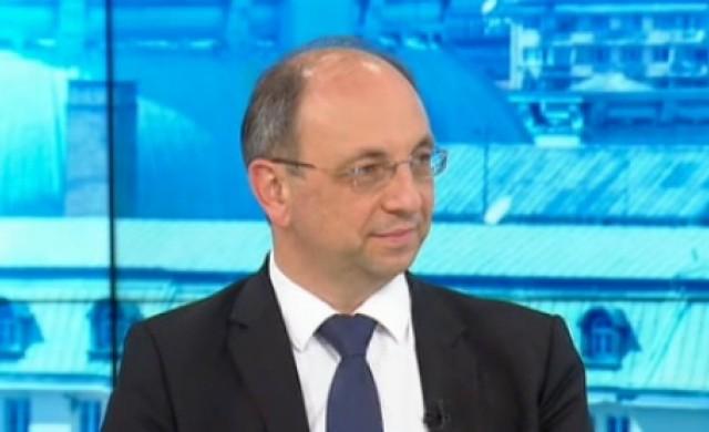Николай Василев: Не съм зависим нито от ДПС, нито от задкулисие