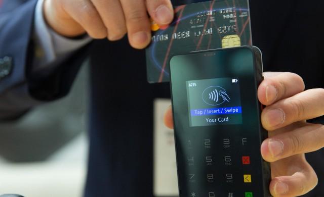 Картовите плащания нарастват близо три пъти от 2015 година насам