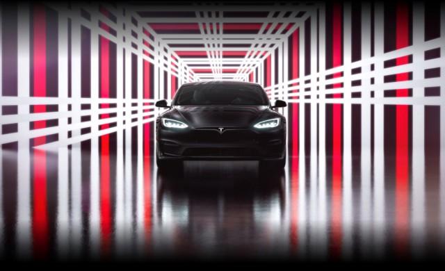 Tesla обяви рекордна печалба