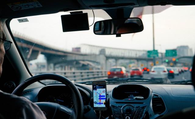SoftBank продава акции за 2.1 млрд. долара от Uber