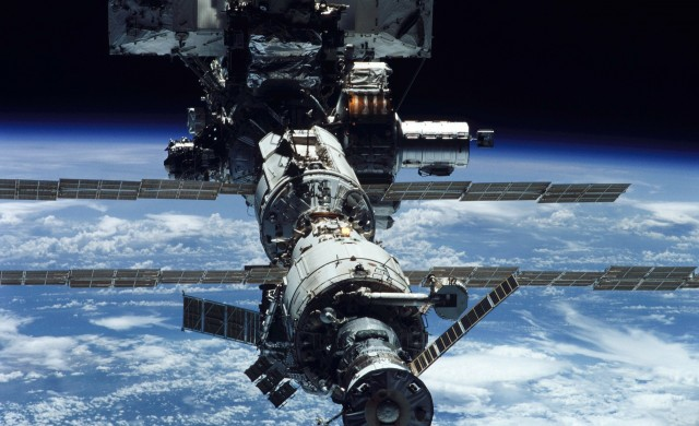 Руски модул дестабилизира Международната космическа станция