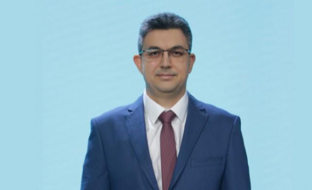 Кандидатът за премиер на ИТН взе проучвателния мандат. Ето кой е той