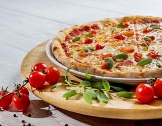 Затворници взеха за заложници надзиратели, поискаха за откуп... пица