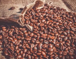Кафето поскъпна до 7-годишен връх заради студената вълна в Бразилия