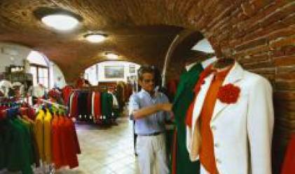 Английските модисти местят производството си в Италия