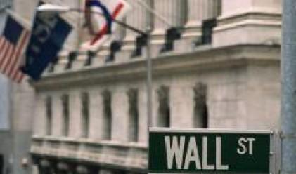 Щатските индекси с повишения след рязък спад на петрола