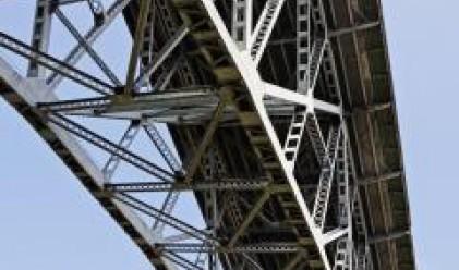 В Германия построиха мост за един ден
