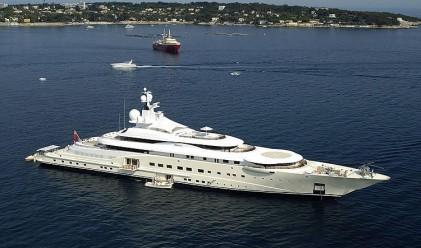 Forbes: Абрамович притежава най-голямата яхта в света