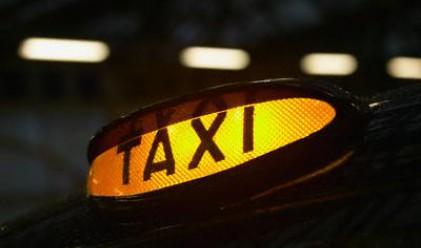 Таксиджия оставя на клиента да прецени колко да плати