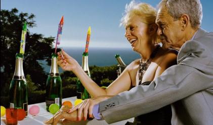Продължителността на живота в САЩ се покачва до 77.9 г.