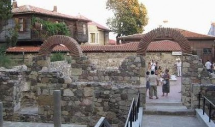 Wall Street Journal: Светия ще спасява България- финансово