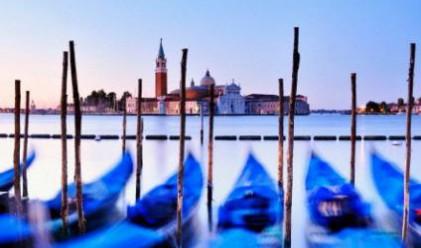Появи си първата жена-гондолиер във Венеция