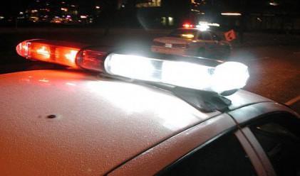 Намалиха заплатите на чешките полицаи с 10%