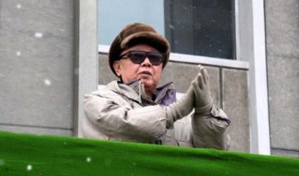 Ким Чен-ир подготвя предаването на властта на сина си