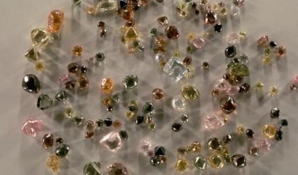 Русия обмисля продажбата на закупените от Alrosa диаманти