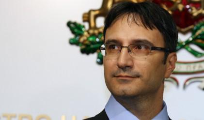 Трайков: Ако самолет не излети, виновен е Лукойл авиейшън