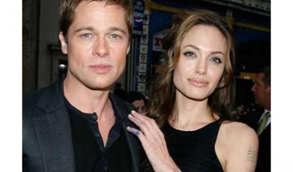 Джоли и Пит дарили 5 млн. долара през 2009 г.