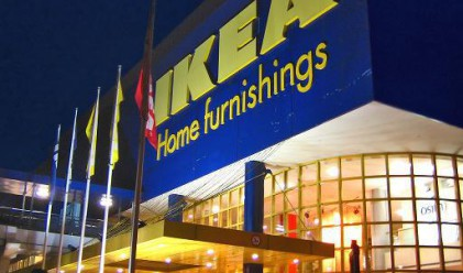 IKEA отваря врати след месец