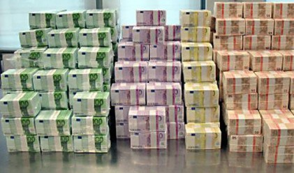 Близо 500 българи с депозити от над 1 млн. лв.