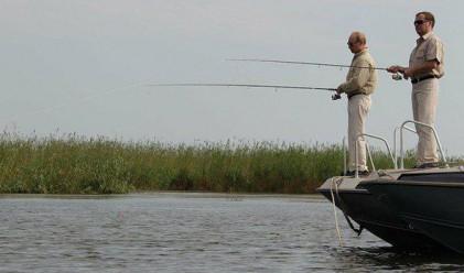 Путин и Медведев заедно за риба