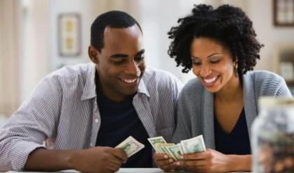 Изследване: Парите са по-важни за хората от щастието