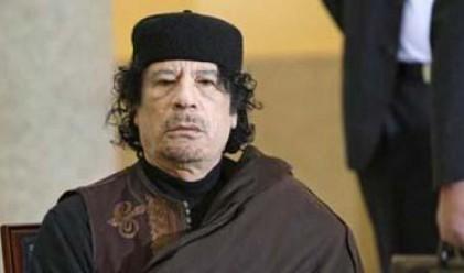 Муамар Кадафи предлага преговори