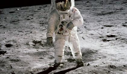 Чавес се съмнява, че САЩ са стъпили на Луната
