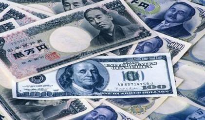 ИХ България изплува поради спада на долара и йената