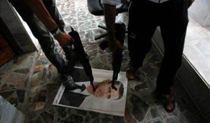 Медии: Обама е разпоредил тайна операция за свалянето на Башар Асад от власт