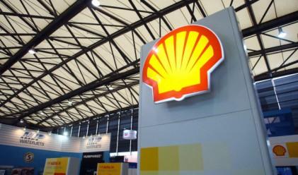 Shell изтегля парите си от европейски банки