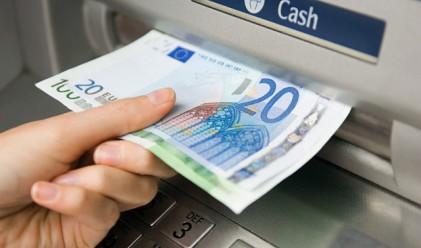 В Полша откраднаха банкомат с трактор