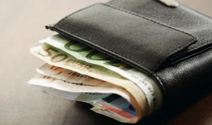 Половината банки у нас платиха по над 10 млн. лв. лихви за шест месеца