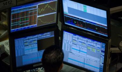 Активите на фондовете се топят