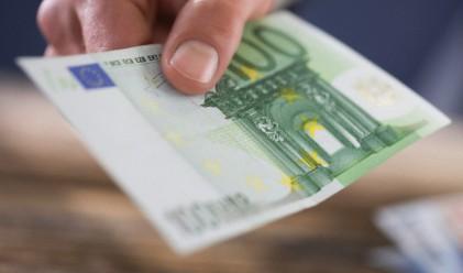 Монти: Еврото не трябва да ни разделя