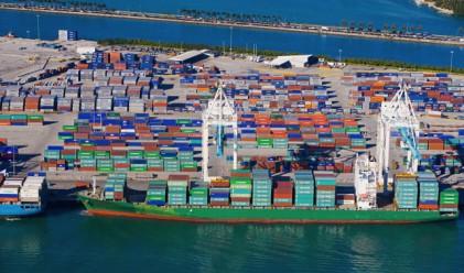 Оборотът в транспорта и складирането с ръст от 10% за тримесечие