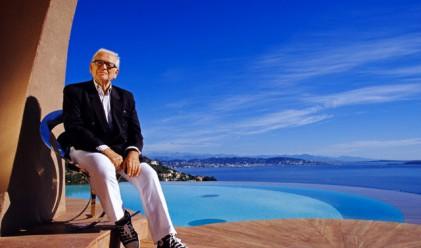 Пиер Карден подарява стъклен небостъргач на Венеция