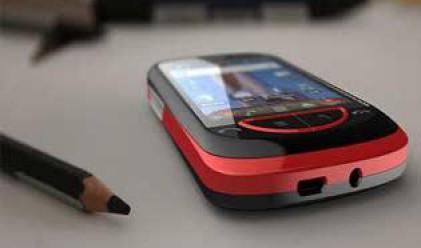 Догодина смартфоните ще изпреварят мобилните телефони