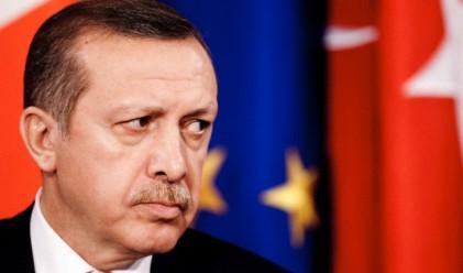 Ердоган оцелял при преврата заради недостиг на гориво
