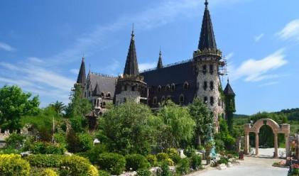 Брюксел награждава замъка в Равадиново