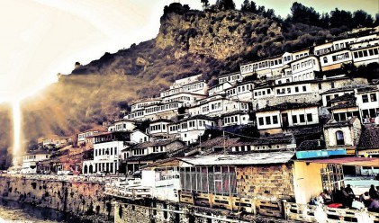 Берат - градът с хилядата прозорци