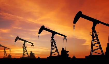 Петролът най-скъп от брекзит насам