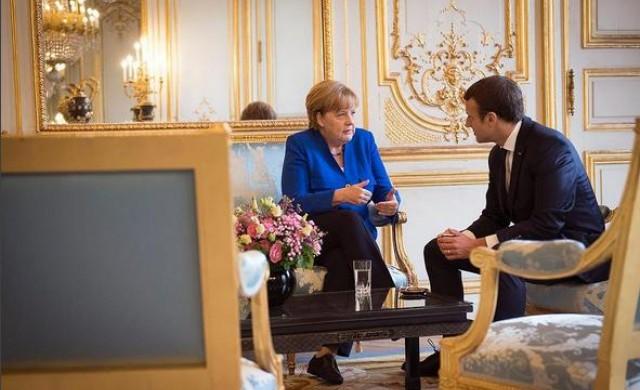 Меркел - във ваканция, но май не във ваканционно настроение