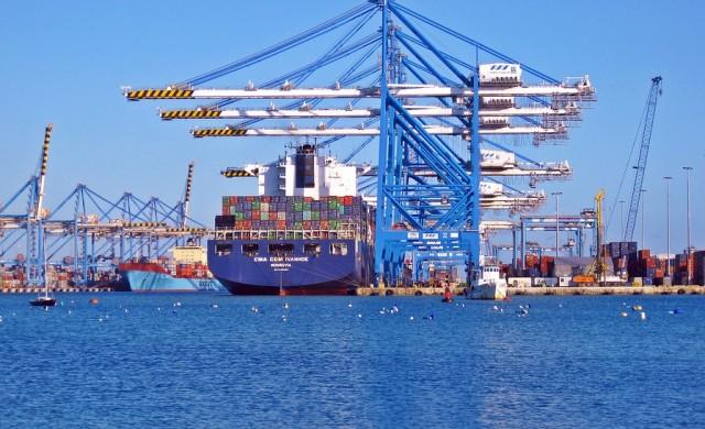 Износът расте с 15.8% към края на полугодието