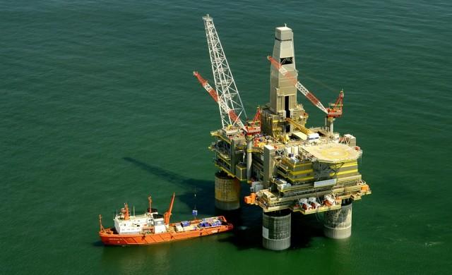 ОПЕК прогнозира по-силно търсене на петрол през 2018 г.