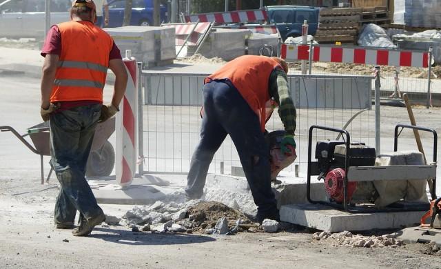 Удължиха срока за ремонта на булевард Прага